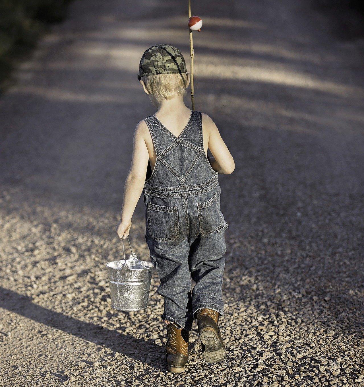 hecht-angeln-leerer-eimer-fishing